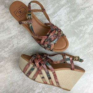 Lucky Brand size 7.5 Wedge Platform Heel Sandals